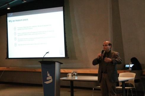 Eduardo Da Costa speaking on Rotary International and the Global Peace Index